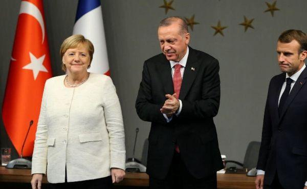 Меркель Макрону поТурции нетоварищ: Франция близка кмоменту истины