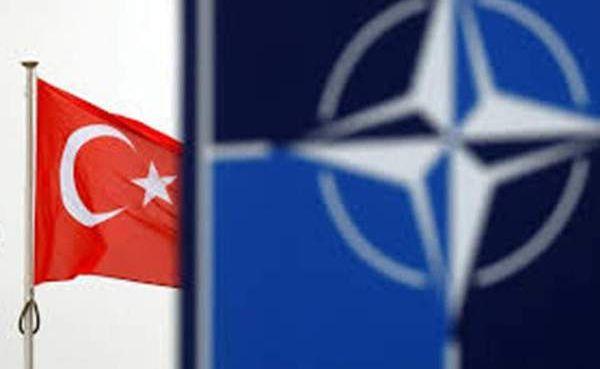 США устроили в НАТО «разбор полётов»: Турцию «рвали на куски»