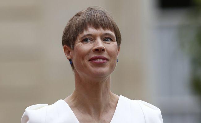 Таллину заняться нечем: «Одноразовая матрёшка» Кальюлайд пиарится наРоссии