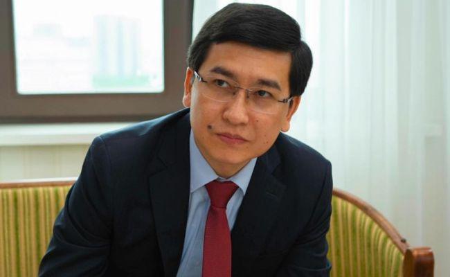 ВКазахстане министр образования инауки привился отCovid местной вакциной