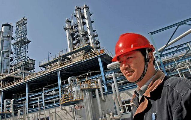 Китай в этом году увеличил объем импорта нефти на 12%