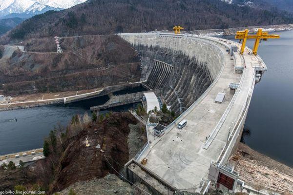 Узбекистан готов направить около $ 4,3 млрд на развитие гидроэнергетики