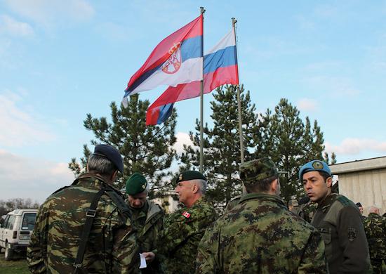 Русские солдаты в штабе гей