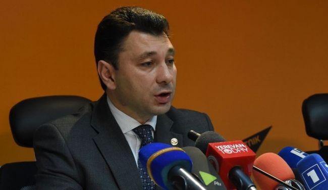 Шармазанов - Захаровой: Нжде – национальный герой и спекуляция этим вопросом неприемлема