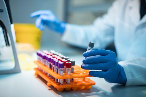 Прививка от кори и краснухи может помочь от осложнений, вызываемых Covid-19  — Общество. Новости, Новости США — EADaily