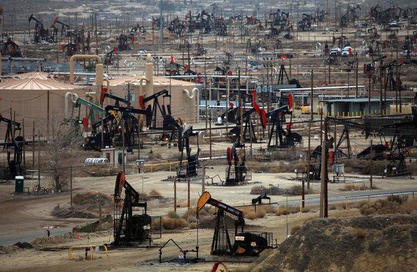 Издержки роста добычи в США: сланцевая нефть ударит по собственной