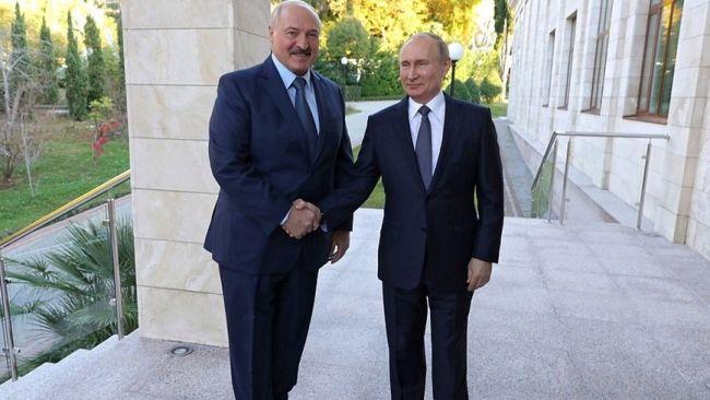 Лукашенко хочет покупать российские нефть и газ по внутрироссийским ценам