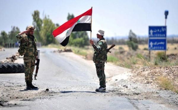 Стой! Дальше дороги нет: сирийские военные развернули американскую колонну