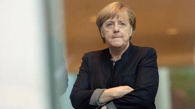 Спряталась за«Новичок»: Почему Меркель выгоден скандал сНавальным